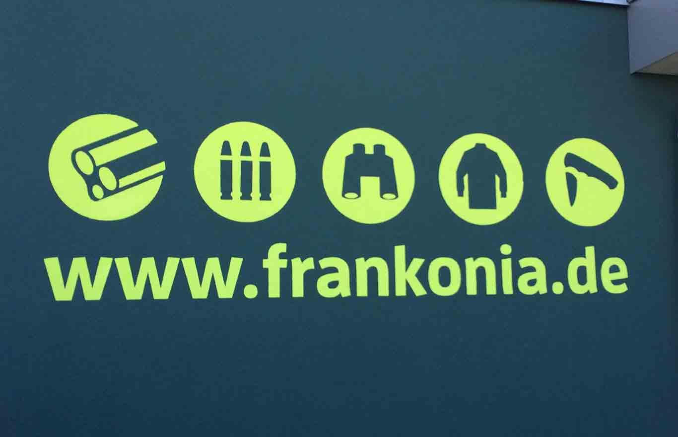 Wandbeschriftung, Logo